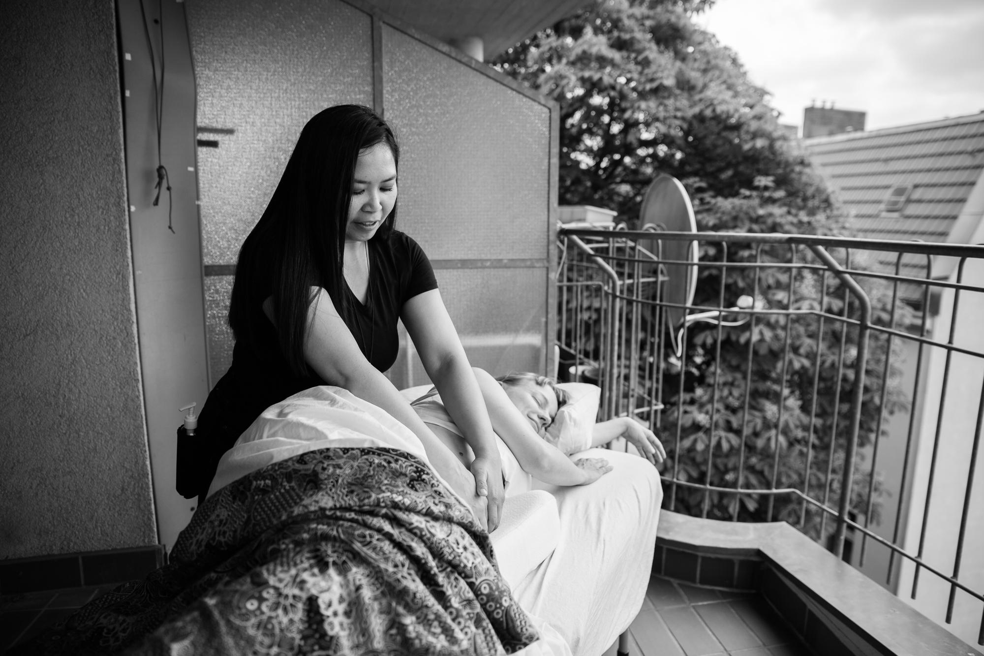 Elmi Bliss Mama Massage-126.jpg