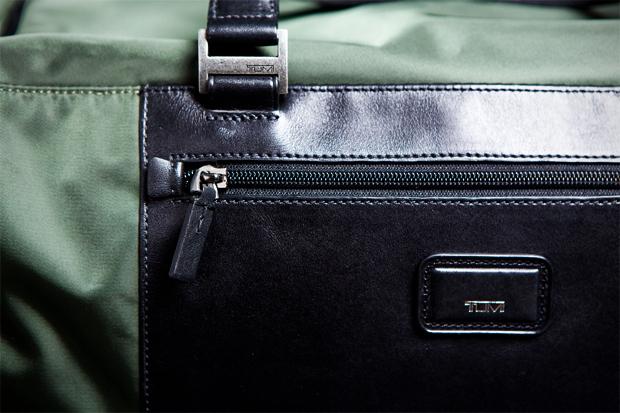 tumi-pack-a-way-series-medium-duffle-3.jpg