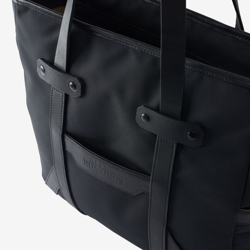 bag-1014853-tote-black-detail-web.jpg
