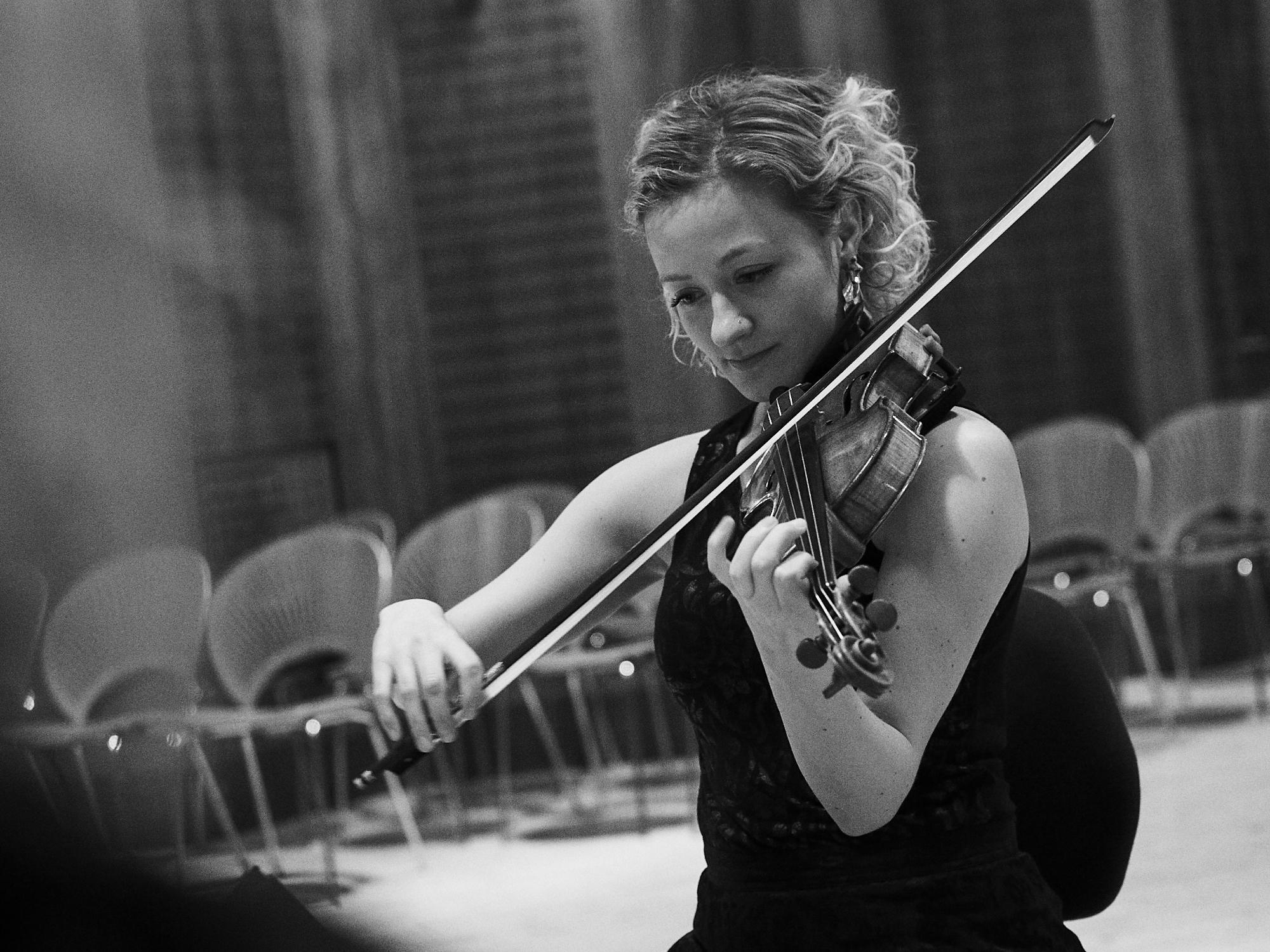 Karen Pedersen - Violin