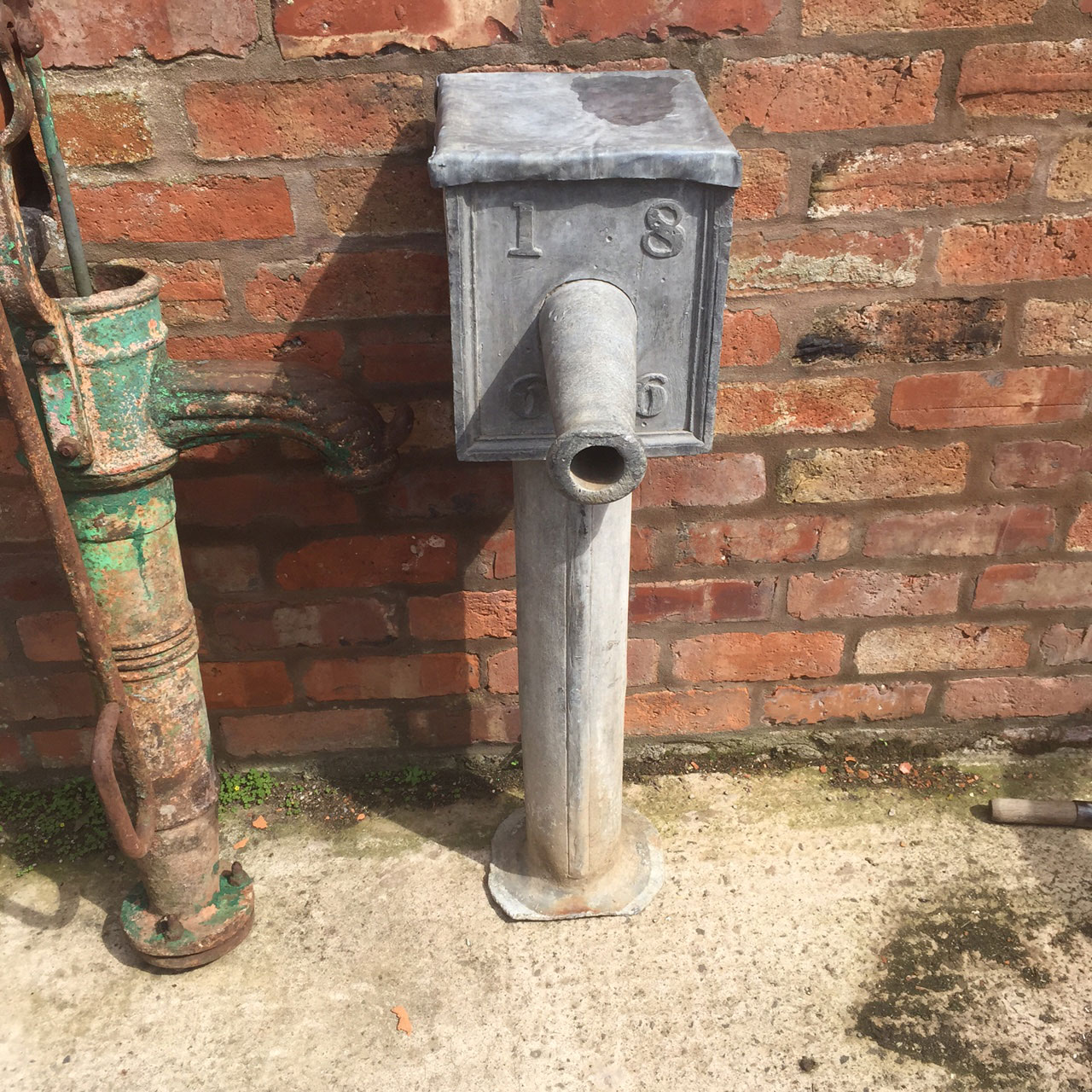Lead-English-lead-water-pump-1866.jpg