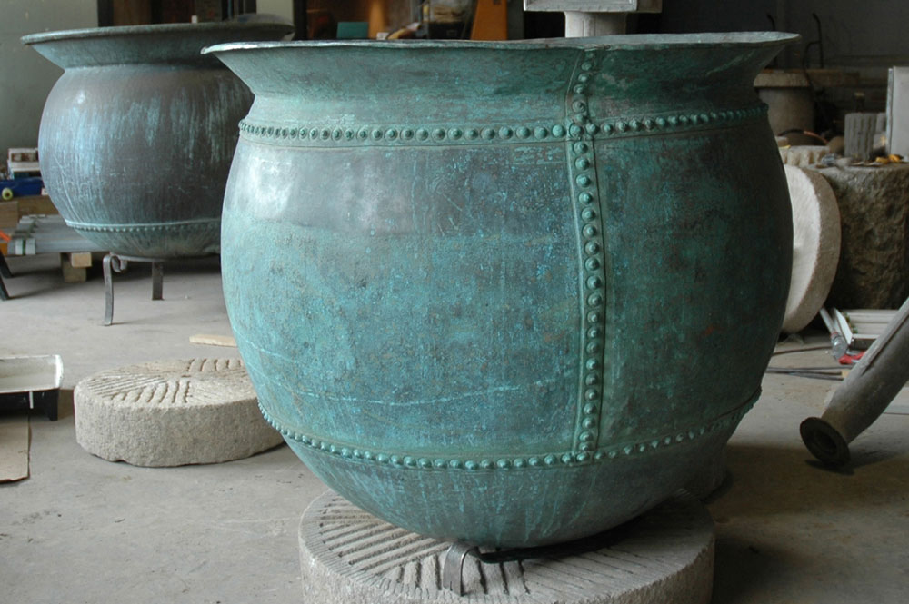 rivited-copper-planter(used-as-fountain).jpg