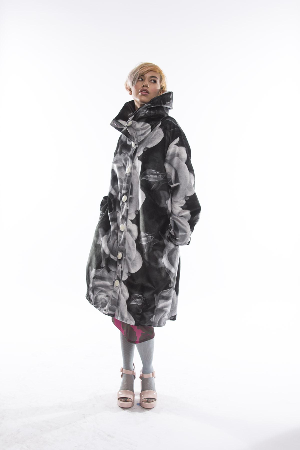 Velvet rose coat apple 3.jpg