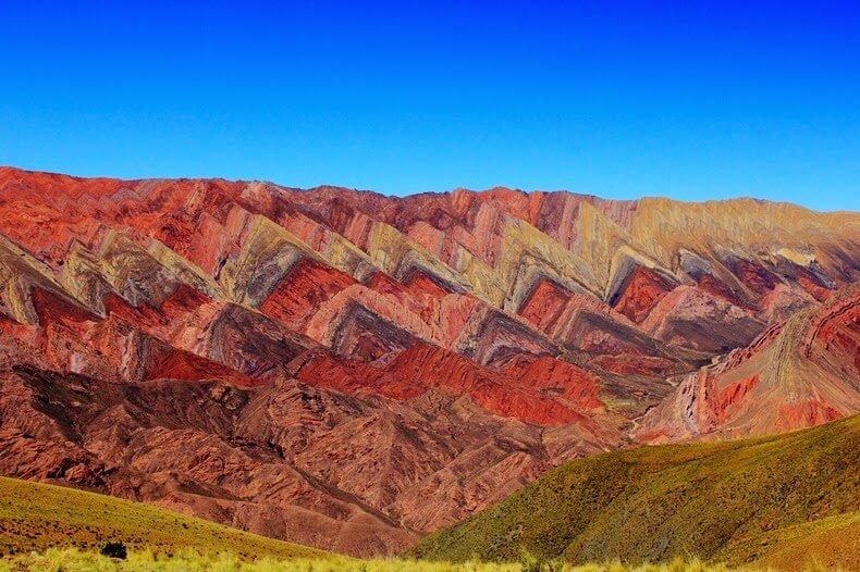 Les montagnes de Hornocal et la colline aux 7 couleurs de Purmamarca.
