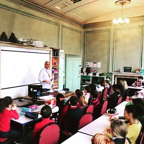 As part of the South Ken Kids Festival, French author Eric Chevreau came to Hampton Court House and ran two workshops with students in Years 3, 4, 5 and 6. #southkenkidsfestival #institutfrancais #southkenkids #kidsworkshops #ericchevreau #hamptoncourt #hamptoncourthouse