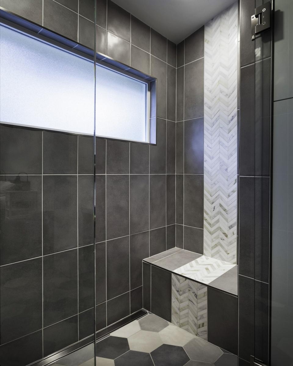 Shower_2_WEBSHARP_(2).jpg