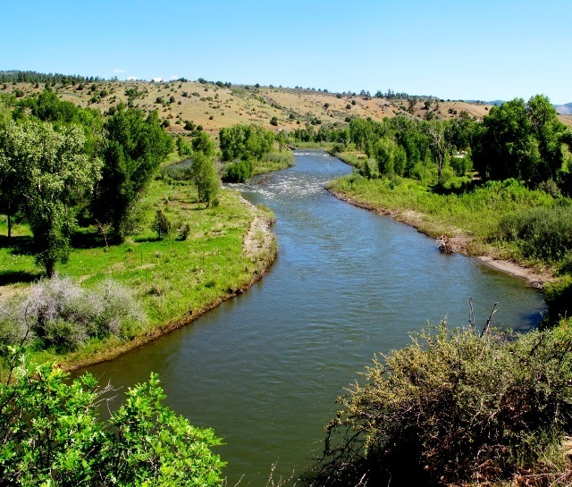 Fishing land for sale in Colorado