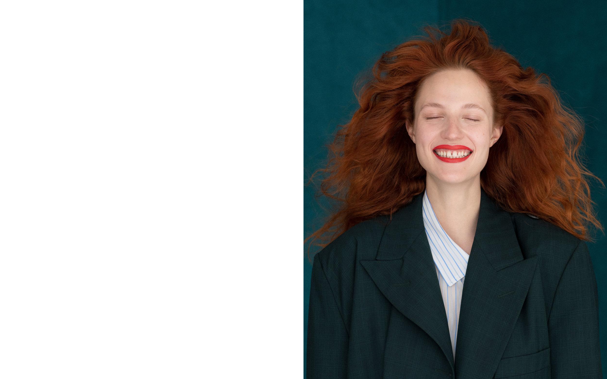 dominik_tarabanski_-_lady_smile_julia_banas_3.jpg