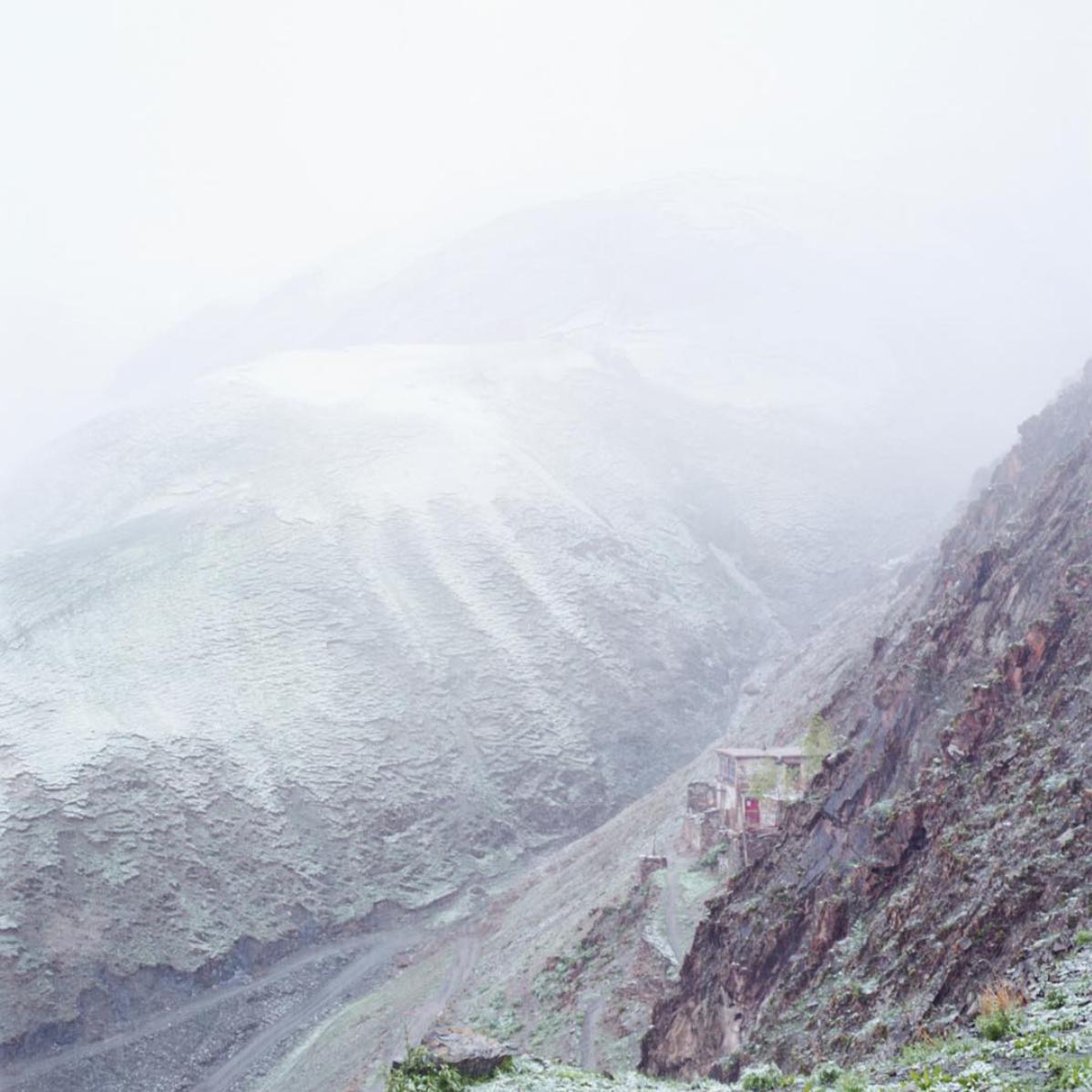 Nezang Snow