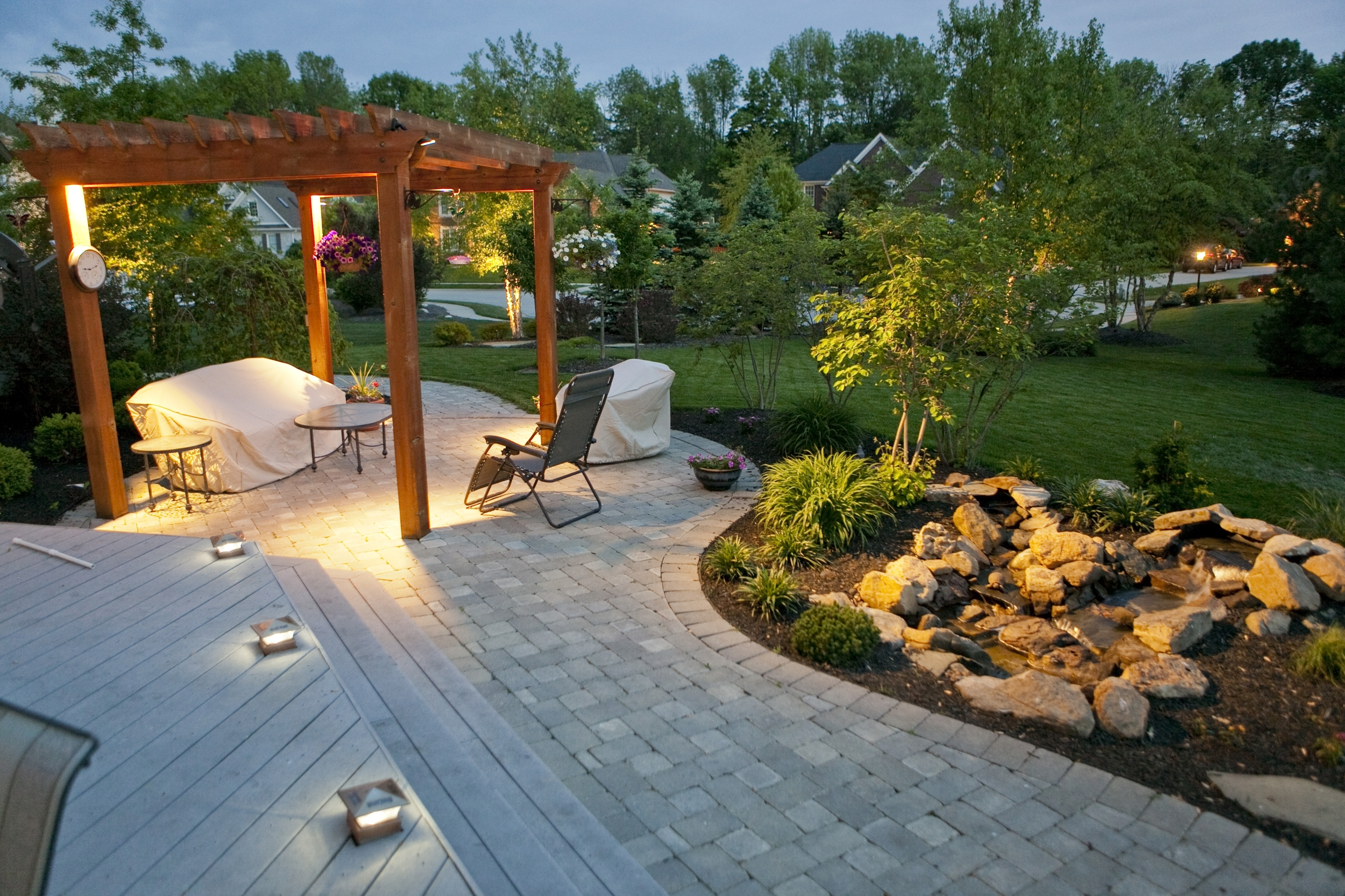outdoor-lighting-brandon-smith-01.jpg