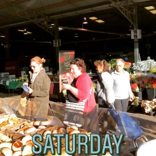 Capital region farmers market is the place to be on this glorious Saturday morning. Come and pick up some of our delicious sourdough, bagels and pastries fresh from the oven just hours ago. 🥖🥐🍞 @crfarmersmarket  #farmersmarket #markets #freshbread #bakedfresh #local #sourdough #sourdoughbread  #bagels #pastries #patisserie