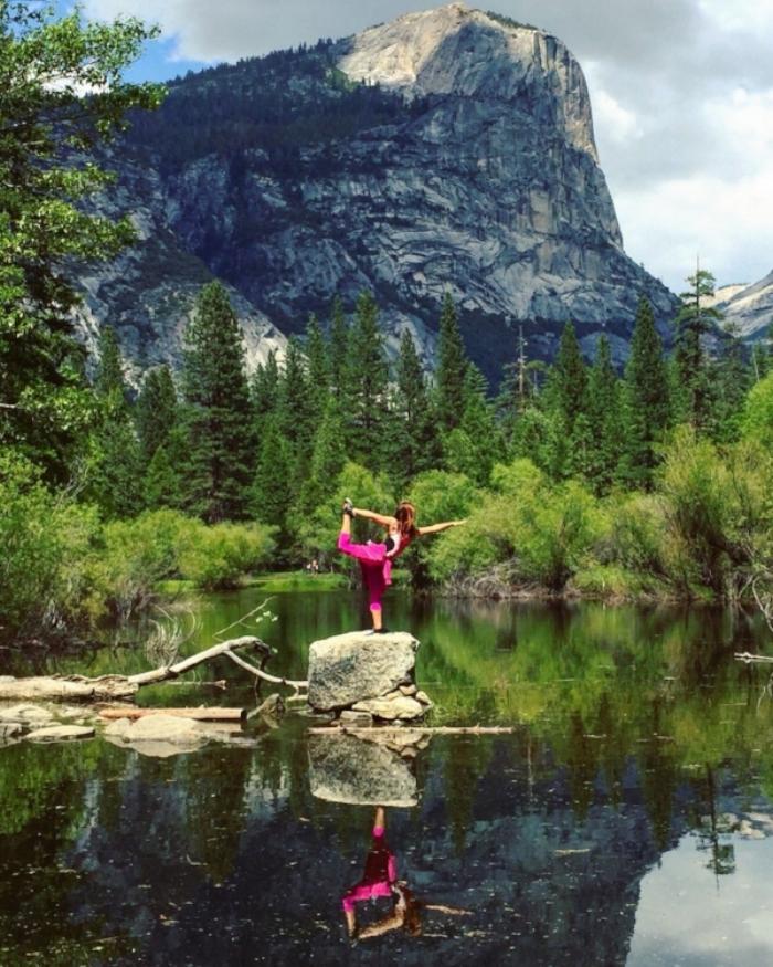 Posing at nature's mirror-cle: Mirror Lake