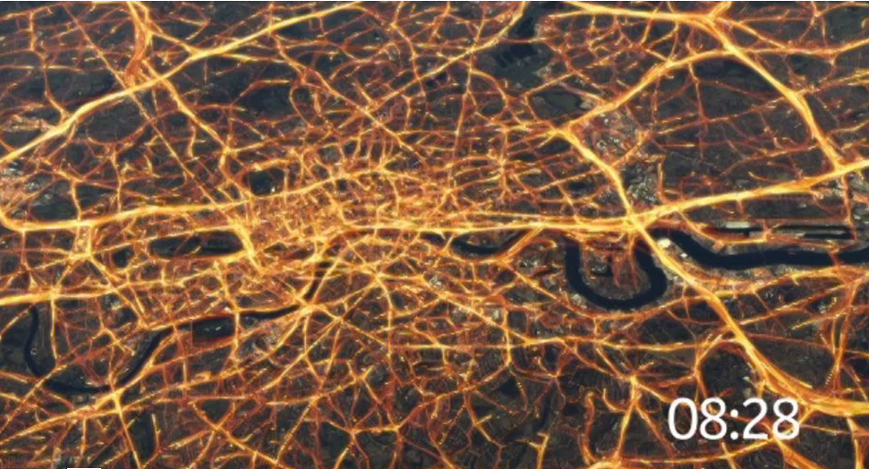 source:http://422.com/work/data-visualization-of-london-traffic-for-here.com