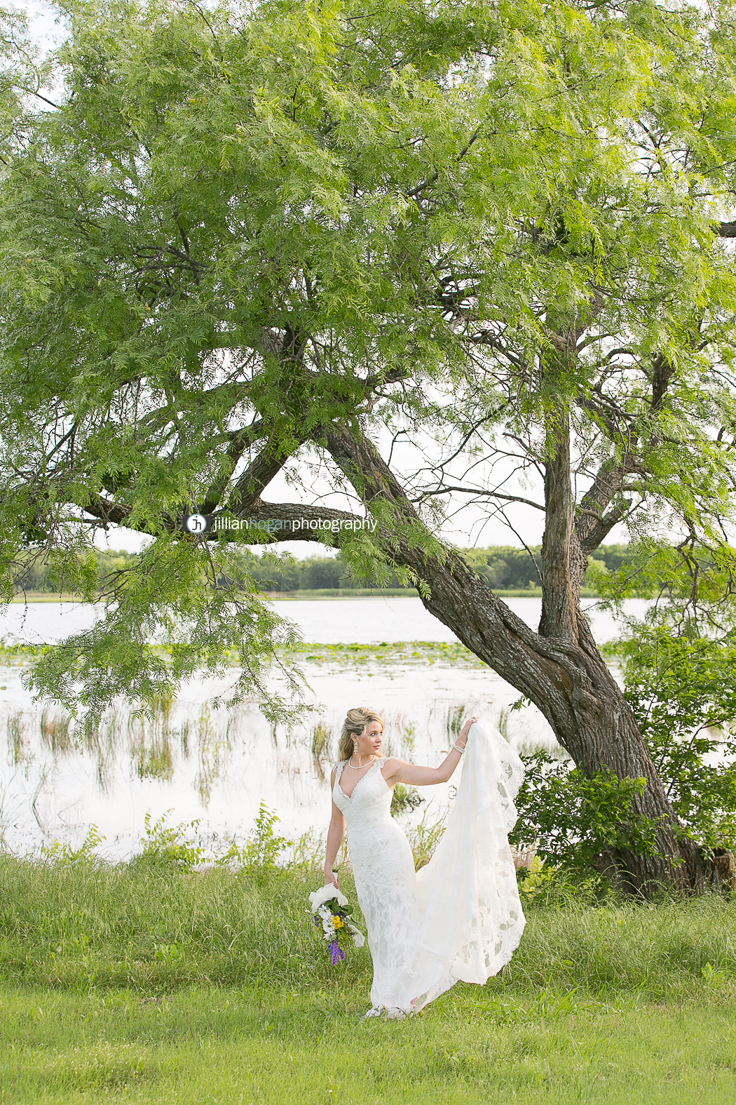 Magnolias_Kaufman_Wedding031.jpg