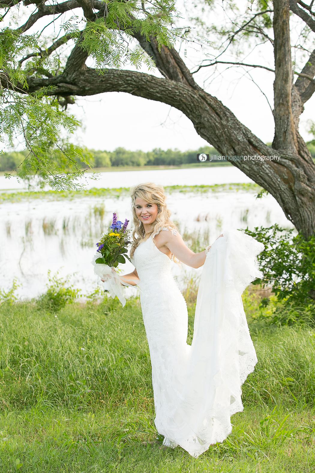 Magnolias_Kaufman_Wedding028.jpg