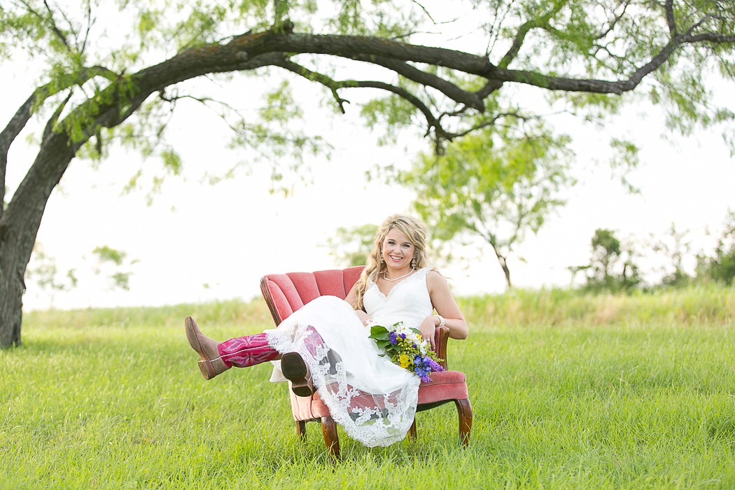 Magnolias_Kaufman_Wedding027.jpg