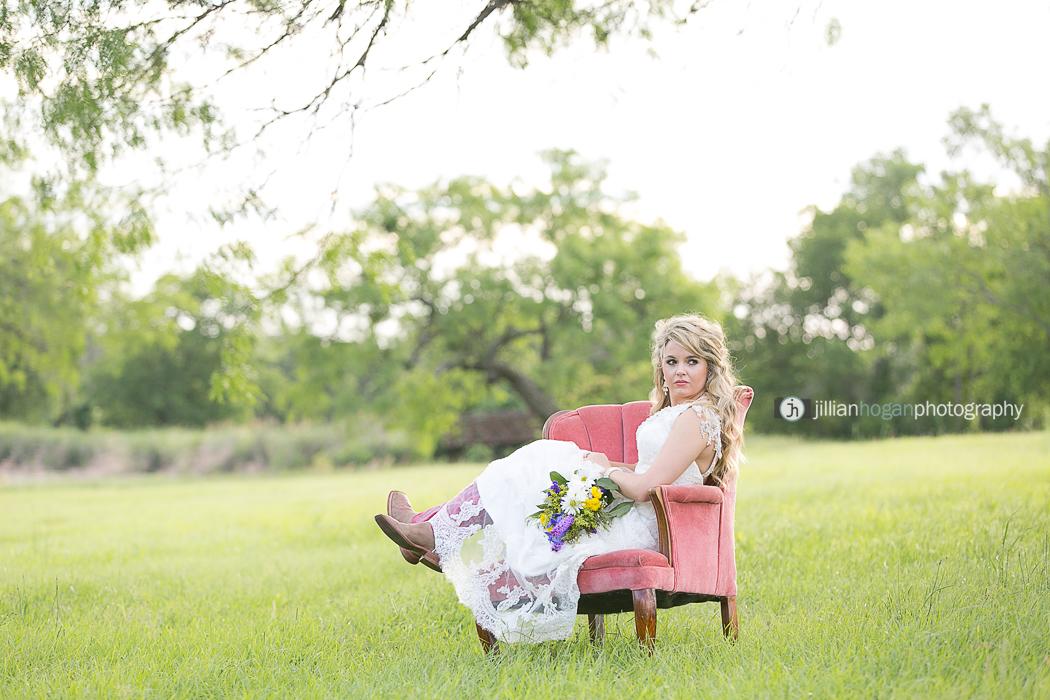 Magnolias_Kaufman_Wedding026.jpg