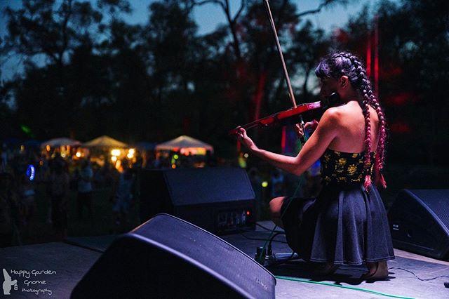 THIS WEEKEND: @dancefestopia!! . Who all are we gonna see there?! 😈 . #linearsymmetry #tour #edm #liveedm #livemusic #liveband #touringband #tourlife #lit #electronicmusic #electronicdancemusic #ontheroad #music #travel #electricviolin #edmviolin #violin #keys #drums #shangrila #dancefestopia #festival #musicfestival #kansascity #alisonwonderland #biggigantic #love