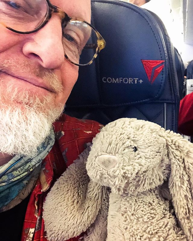 ‪Hey, England. Me and Bunny are on the way. Ok?‬ ‪UK Shows:‬ ‪-Jan 27: London‬ ‪Half Moon Putney ‬ ‪-Feb 1: Bath‬ ‪St James Wine Vaults‬ ‪-Feb 2: Sheffield‬ ‪Cafe 9‬ . . . . . #loudstreet #Fingerpicking #Guitar #livemusic #soloacoustic #uklive #merryoldengland