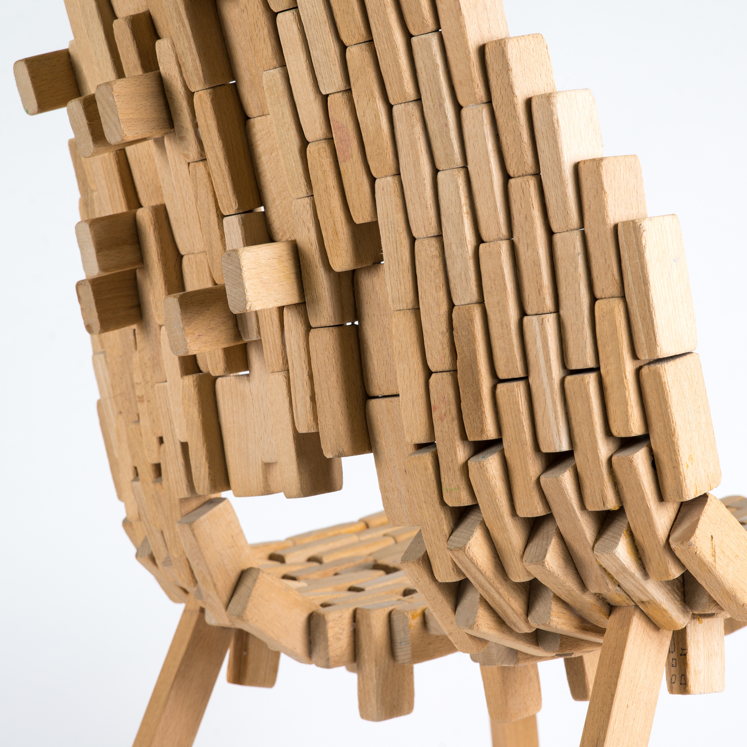 Bricks-chair-06.jpg