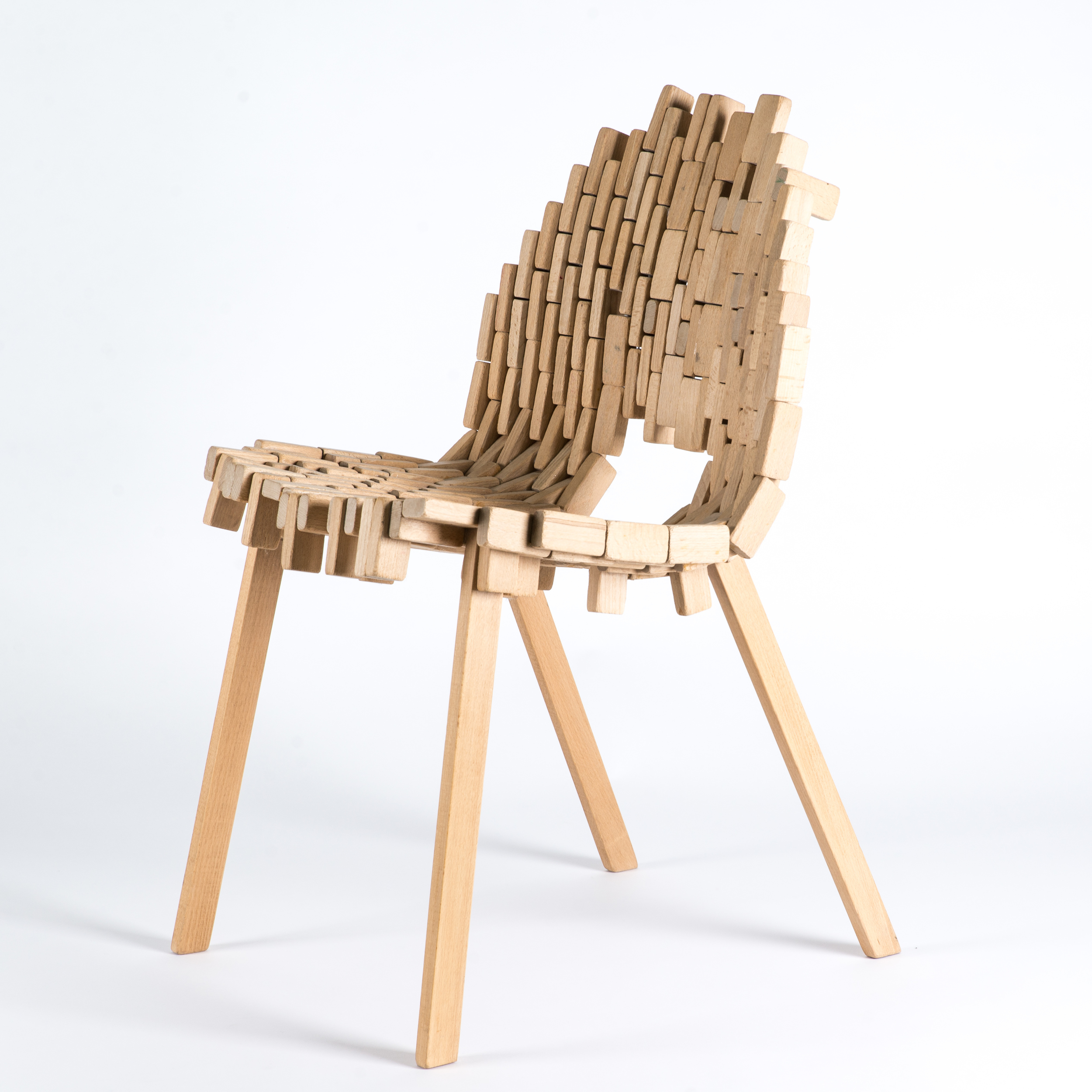 Bricks-chair-02.jpg