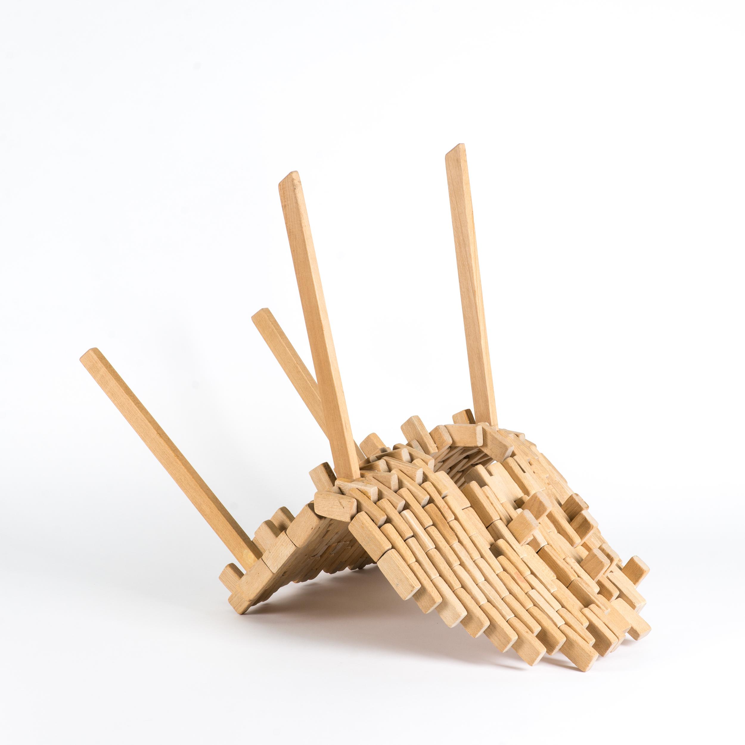 Bricks-chair-04.jpg
