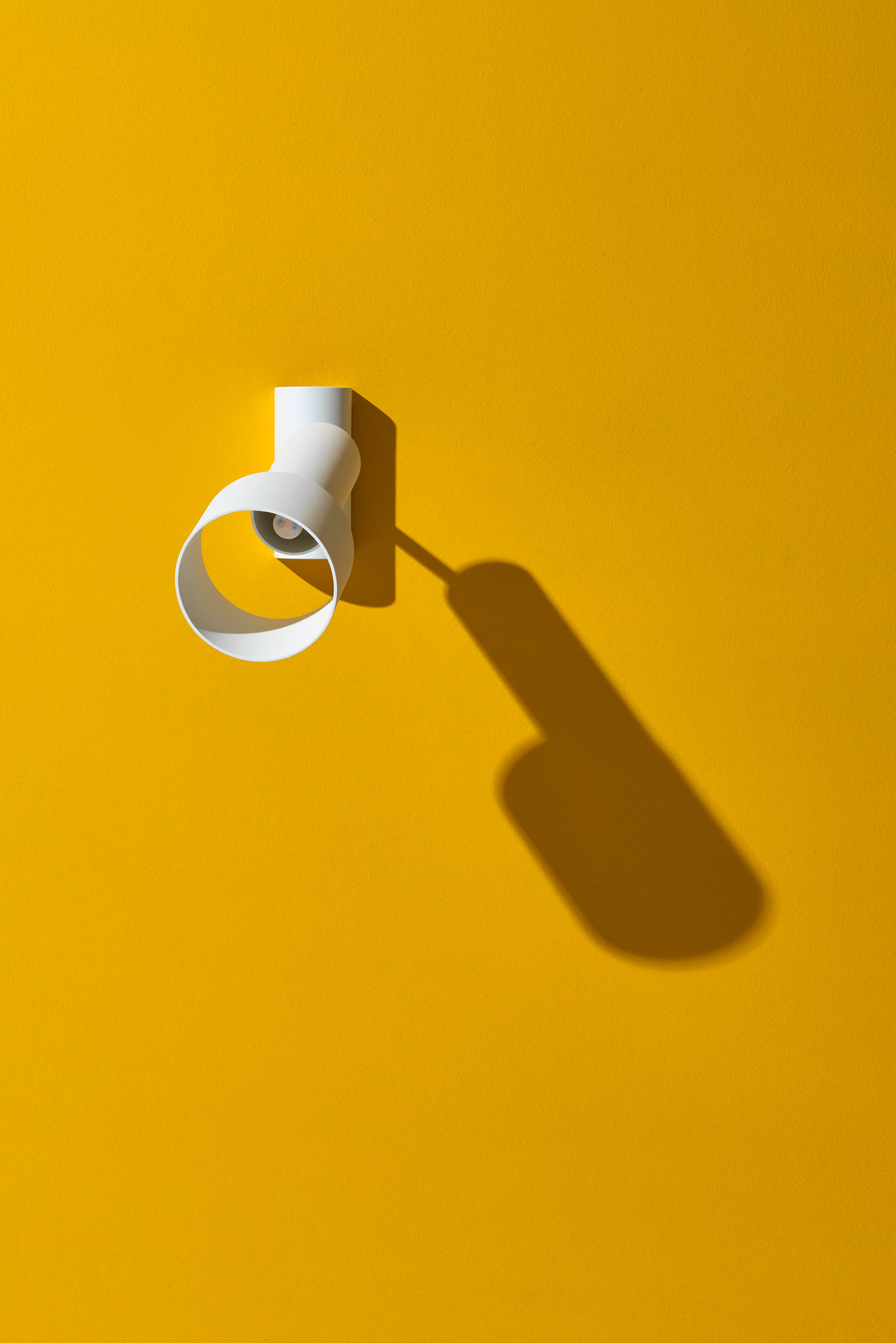 Tangent_Table_Lamp_Frederik_Kurzweg_Design_Studio_04.jpg