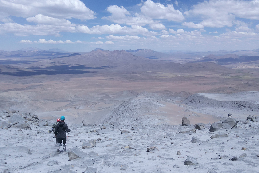 Summit3.jpg