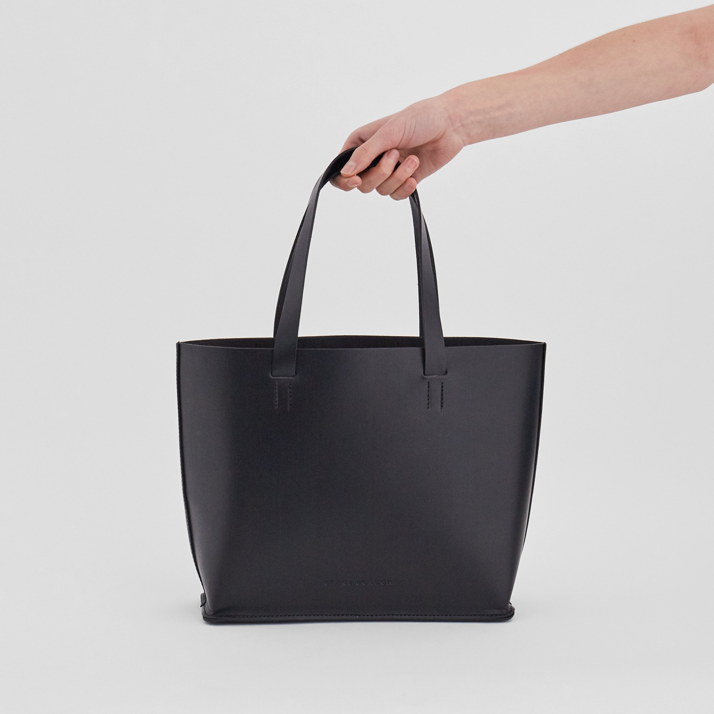 Grace Gordon Black_Ellie_Tote.jpg