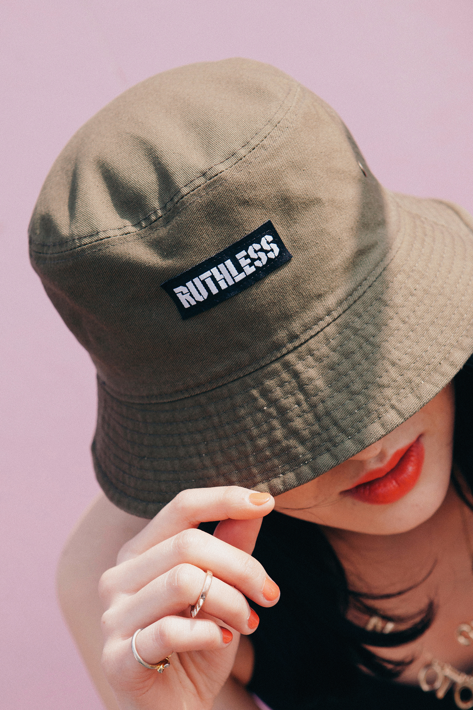 ruthless_16ss_08.jpg