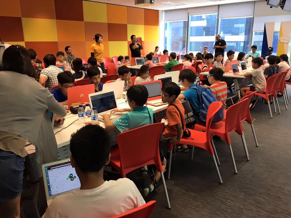kids coding 2.jpg