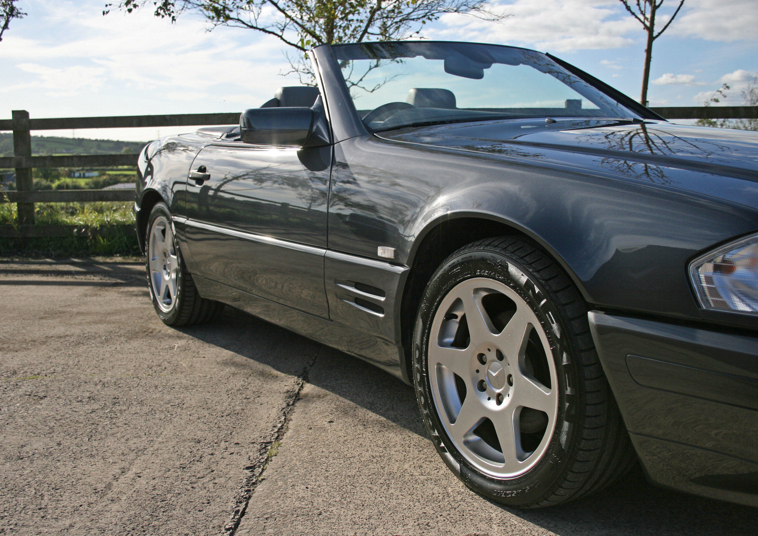 FRONT 34 SIDE ROOFLESS.jpg
