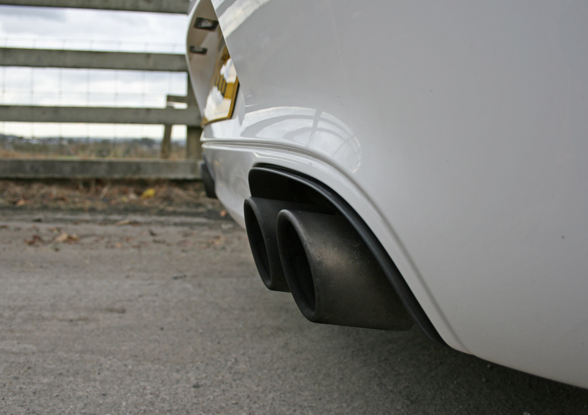 DETAIL EXHAUSTS.jpg