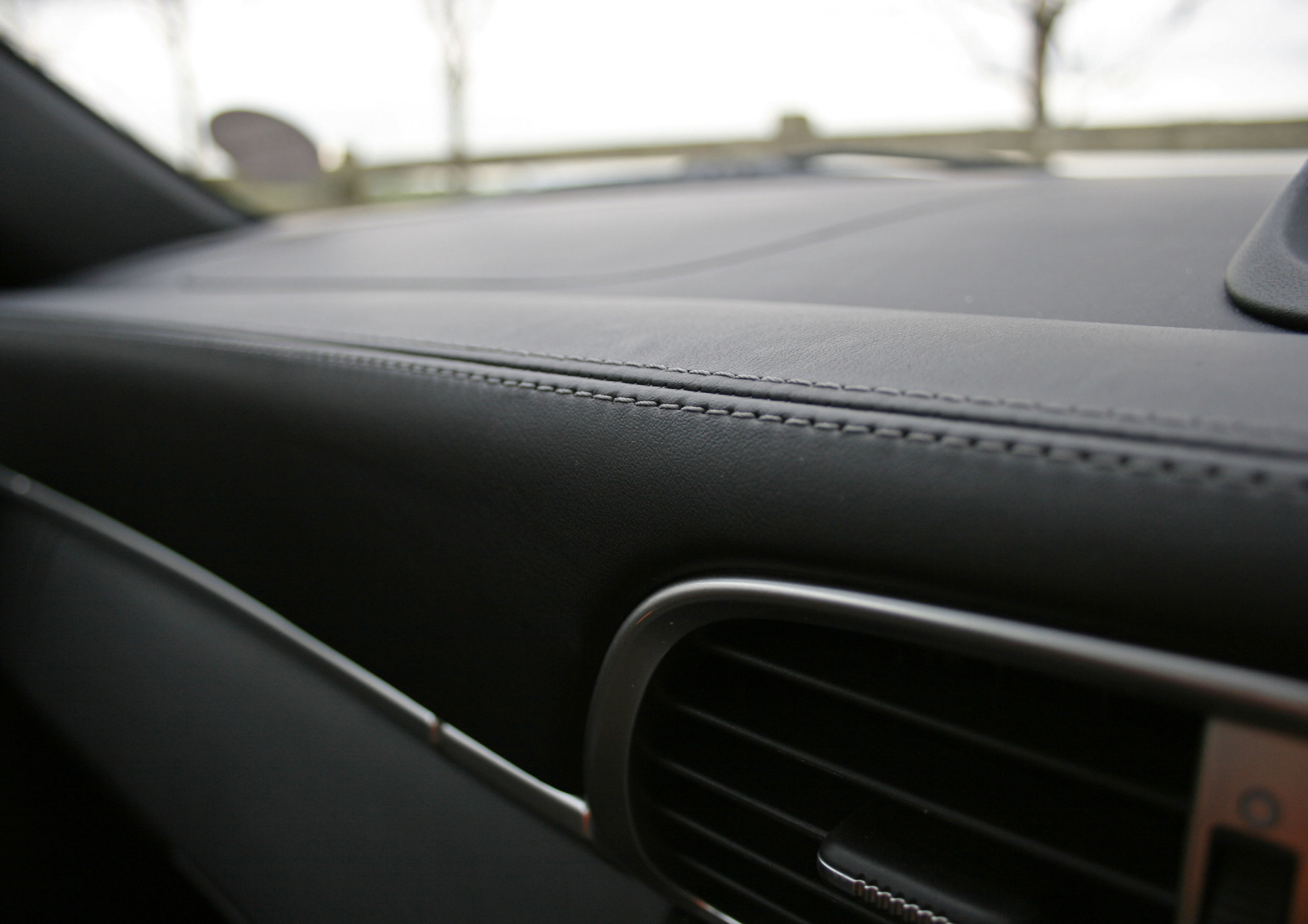 DETAIL DASH TOP.jpg
