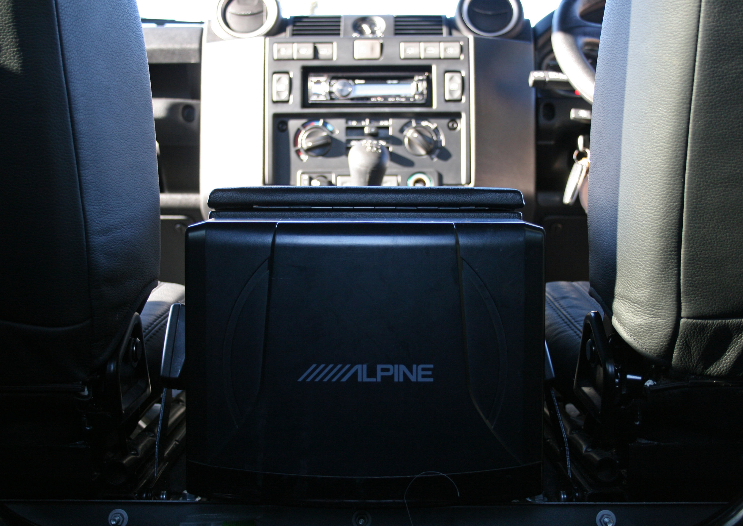 INTERIOR ALPINE.jpg