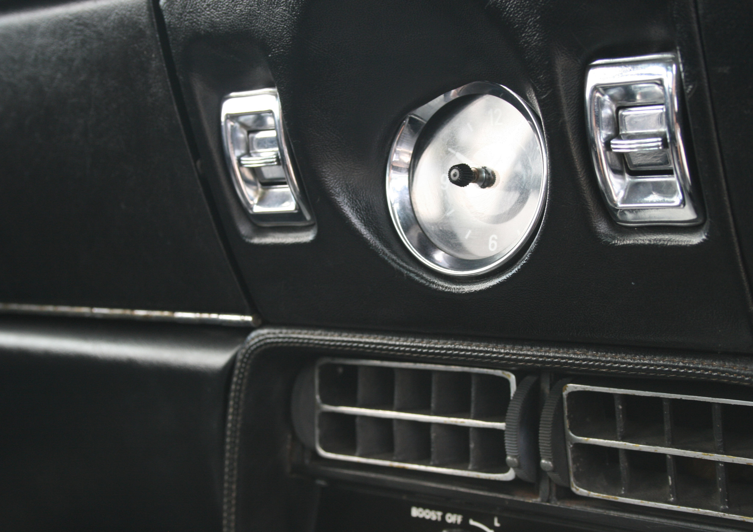 DETAIL SWITCHES.jpg