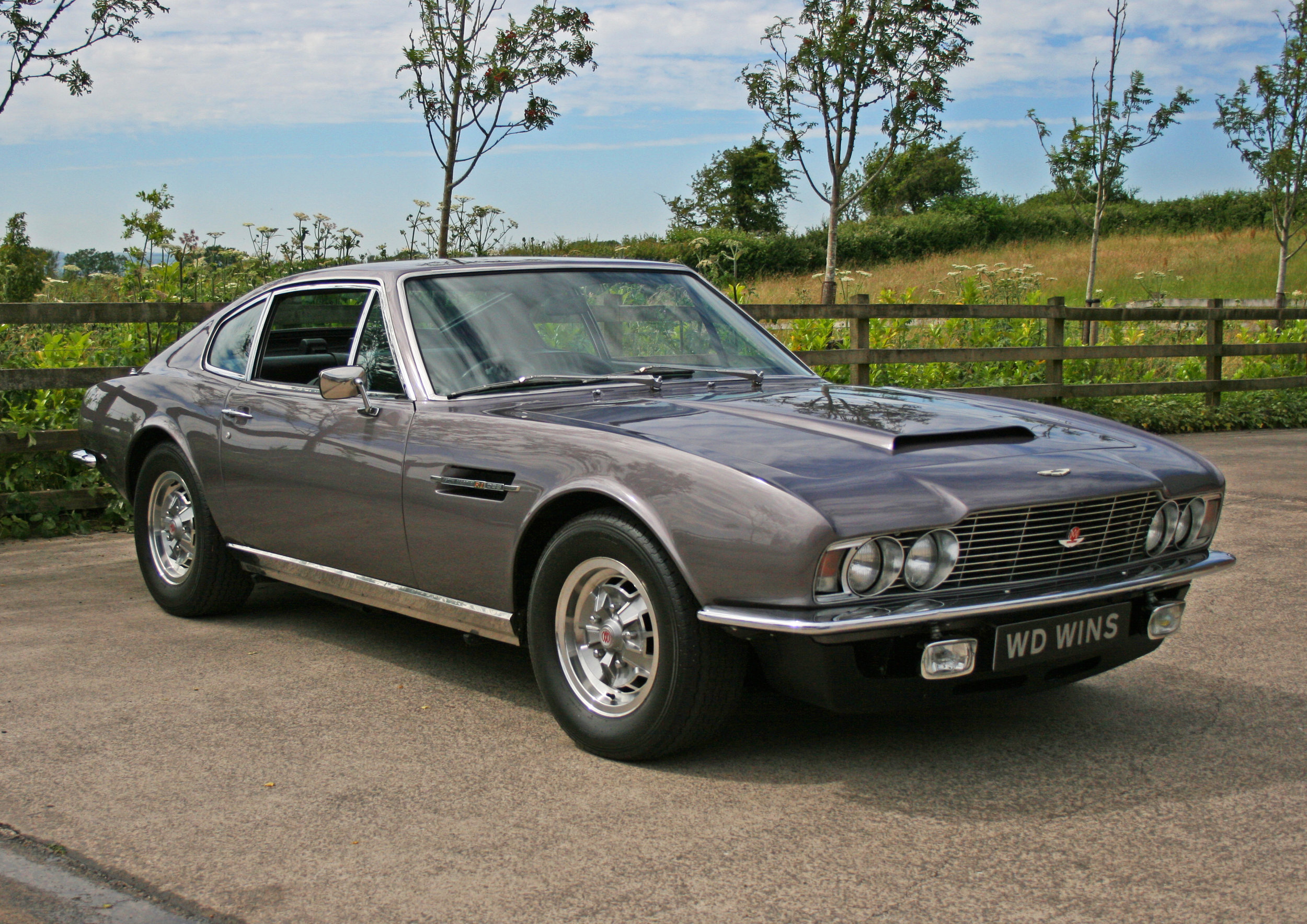 1971 Aston Martin Dbs V8 W D Wins