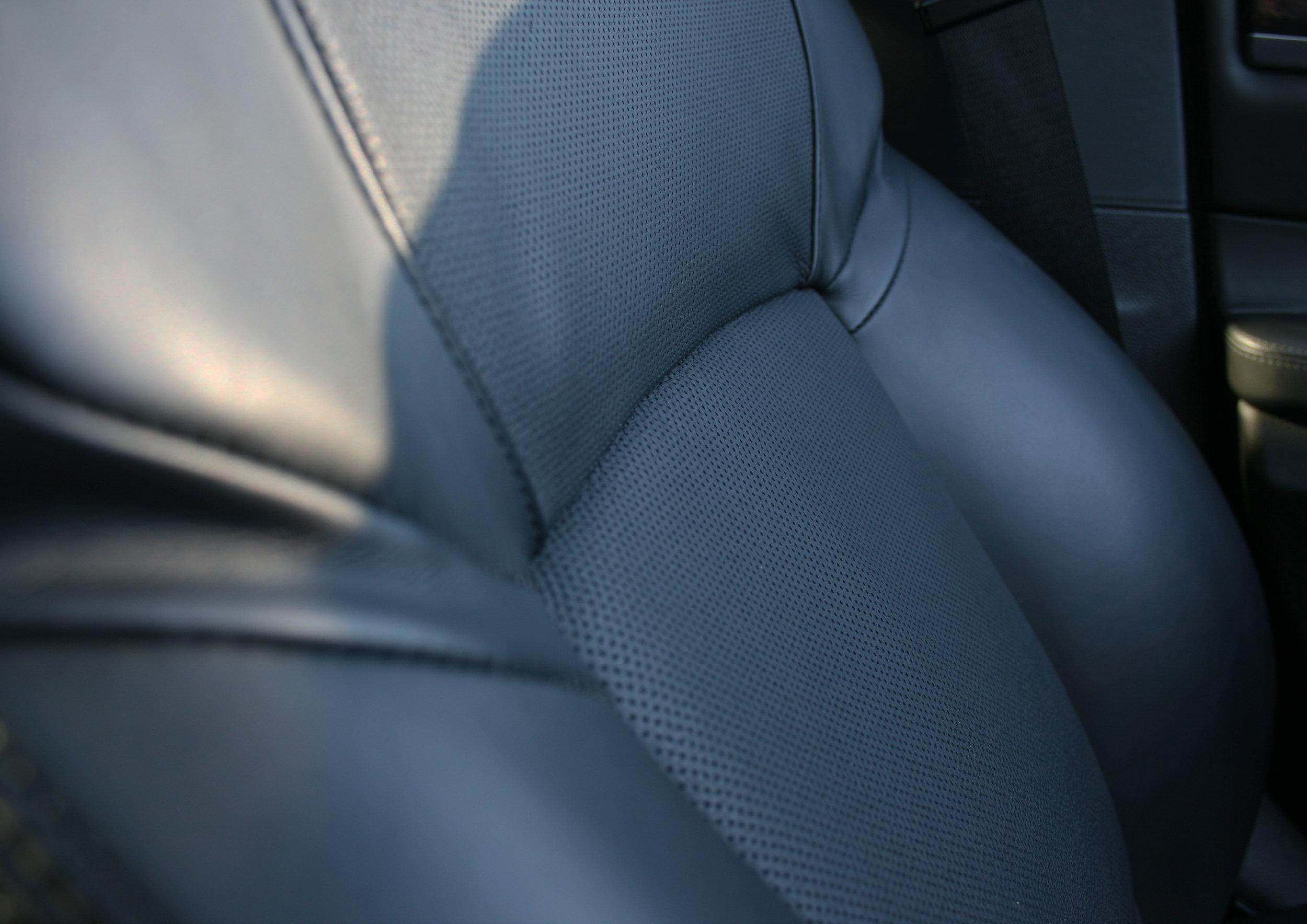 INTERIOR SEAT DETAIL 2.jpg