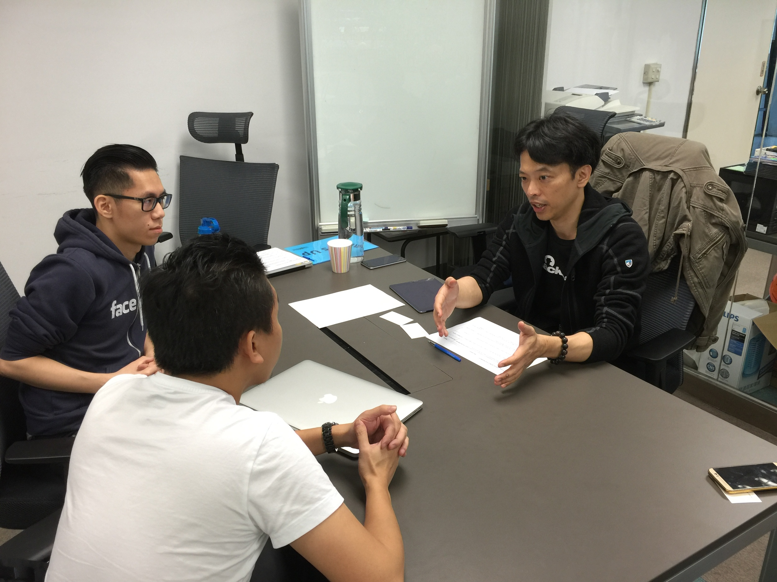 Wayne Huang advised early-stage startup Graphr during Accelerator Bootcamp Squad 2