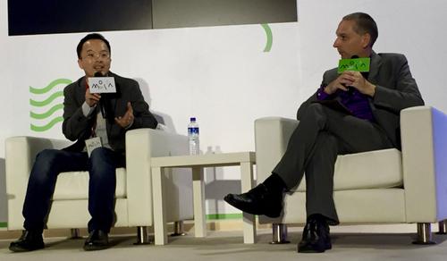 黃耀明與彭博社Tim Culpan對談