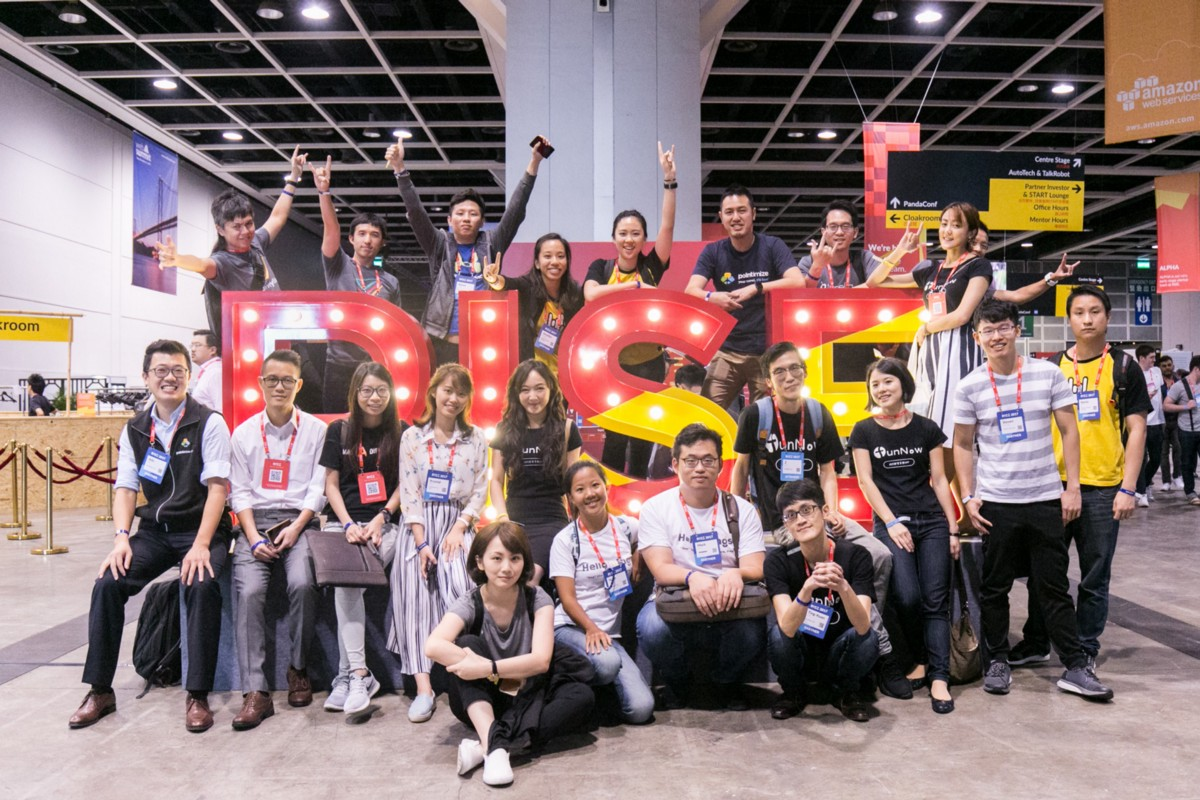 Alex & Hacker attended 2017 RISE conference with taiwan startup stadium.