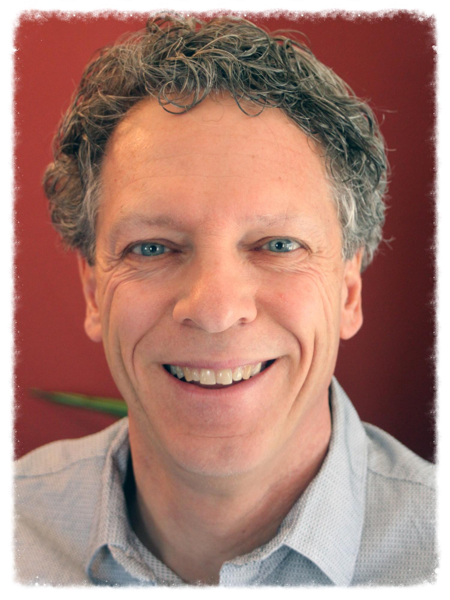 Jeff Headshot for web.jpg