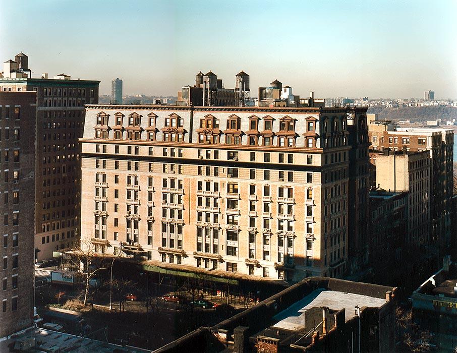 Manhassett Apartments - New York, NY