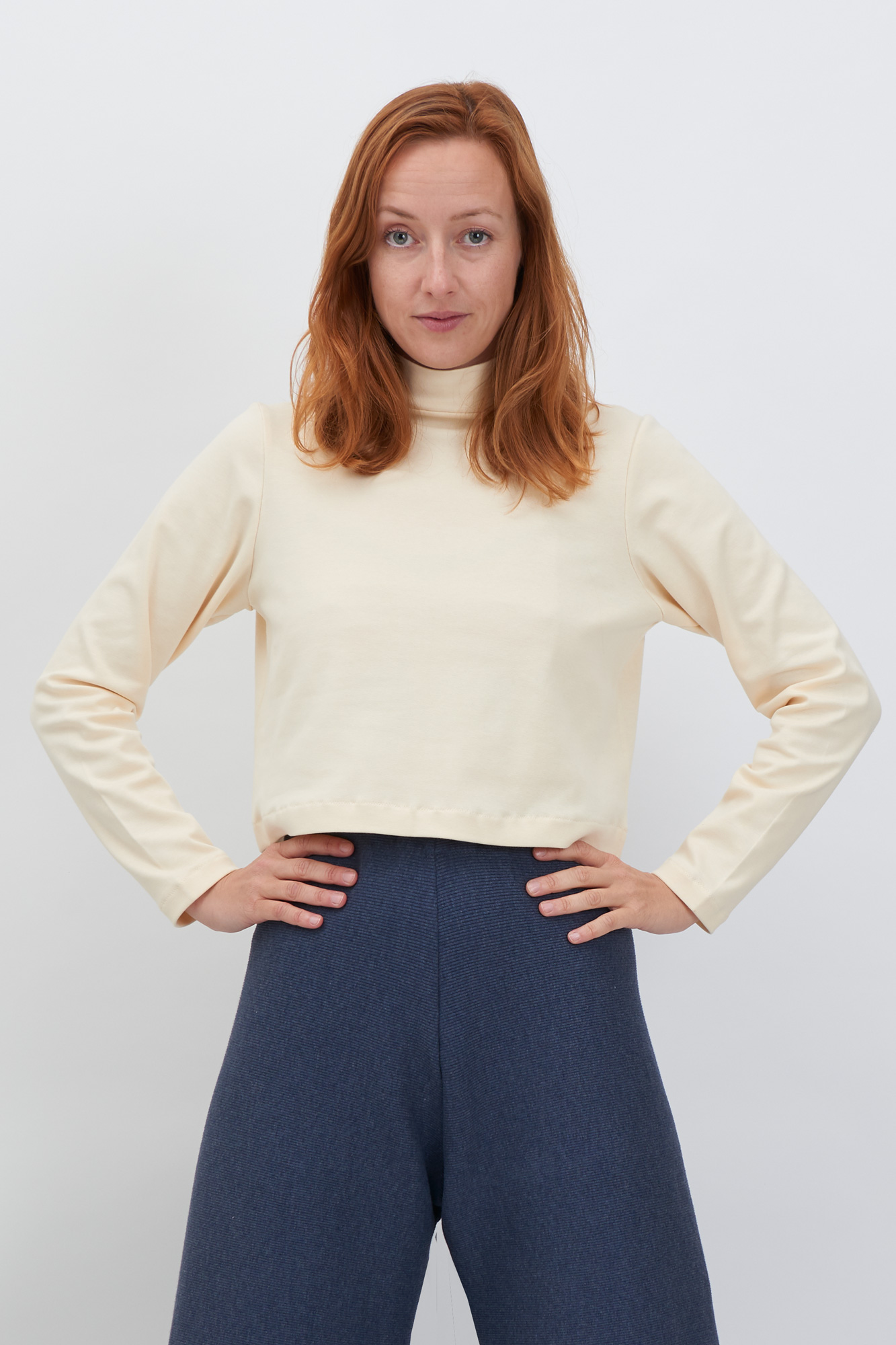 Sweater-cream-Front-ZOOM.jpg