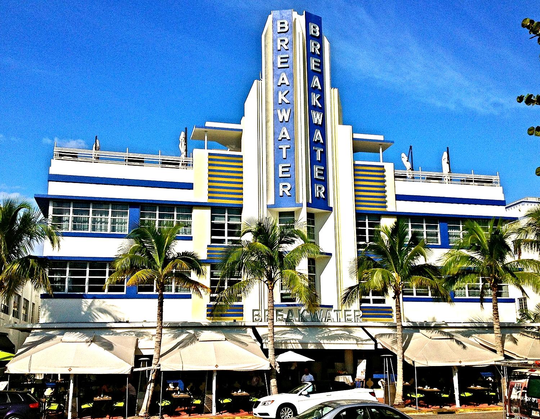 Esplendor Breakwater Hotel | Miami Beach