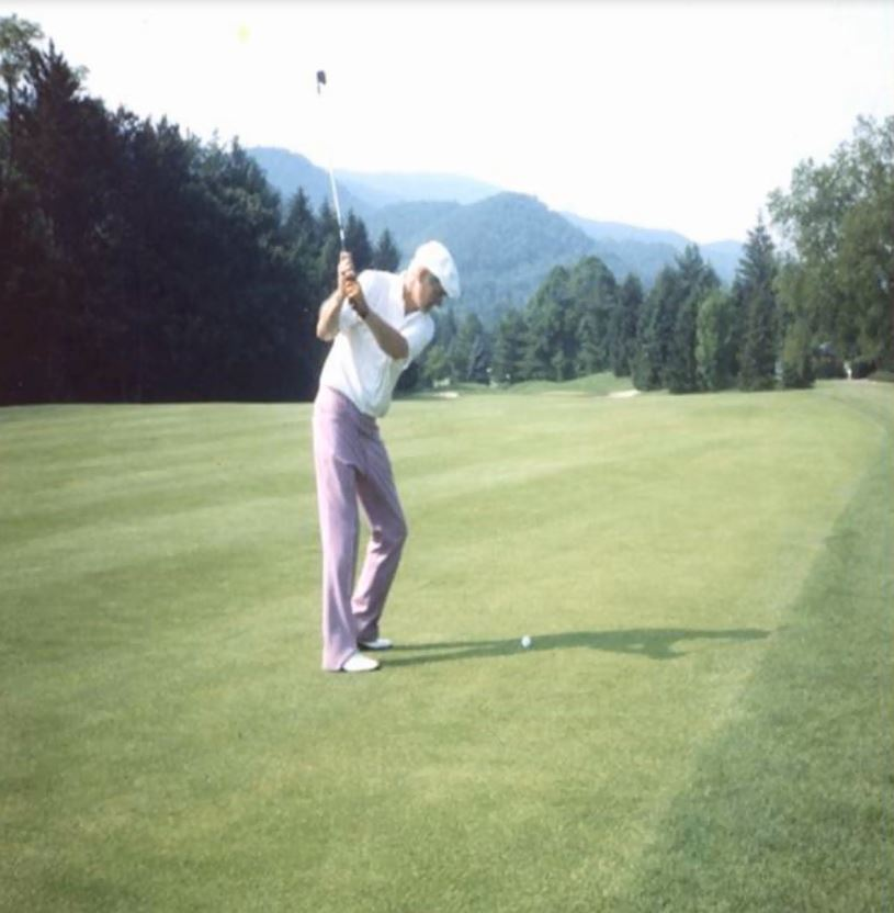 Fred Golf.JPG