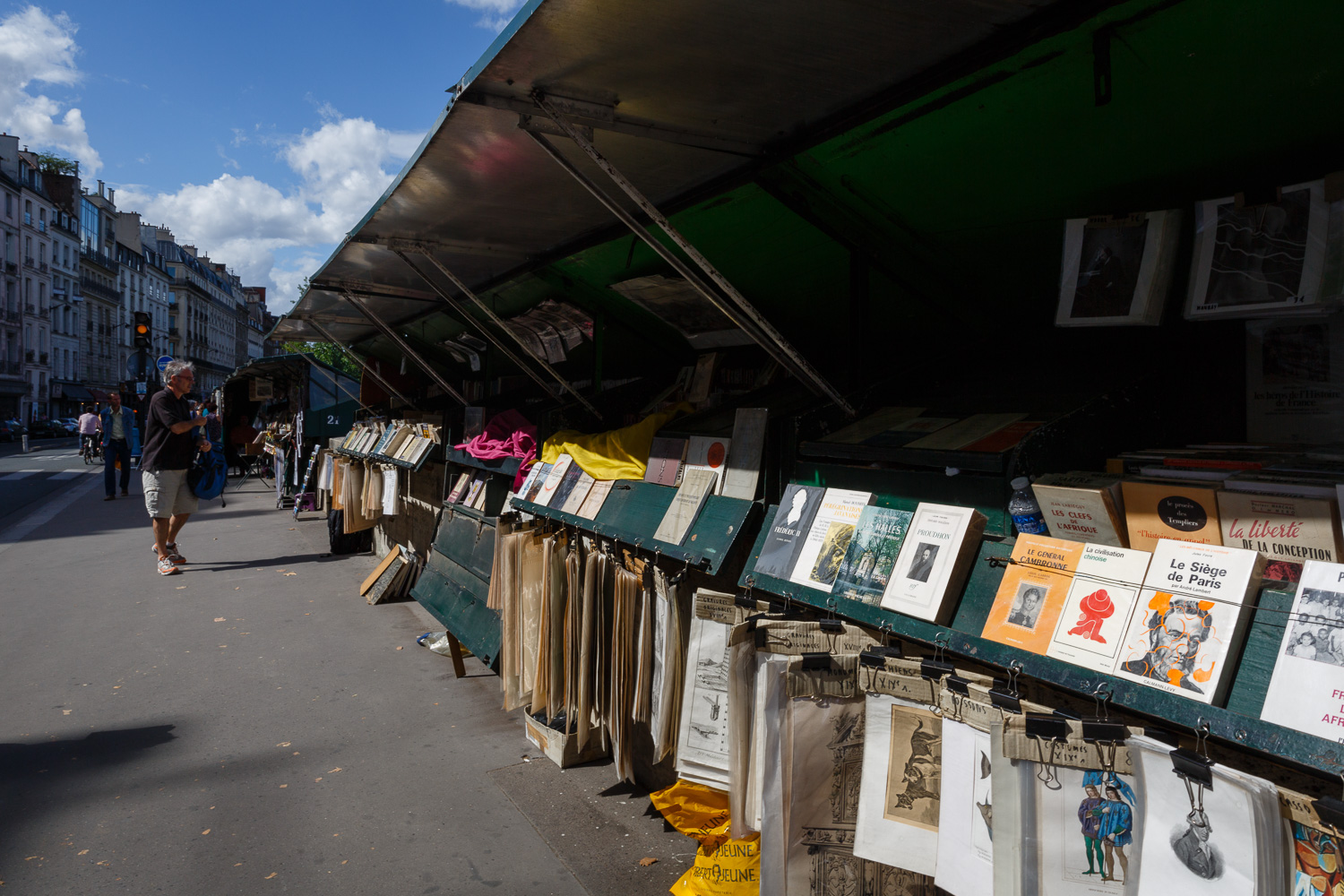Bouquiniste booksellers along the Seine River in Paris