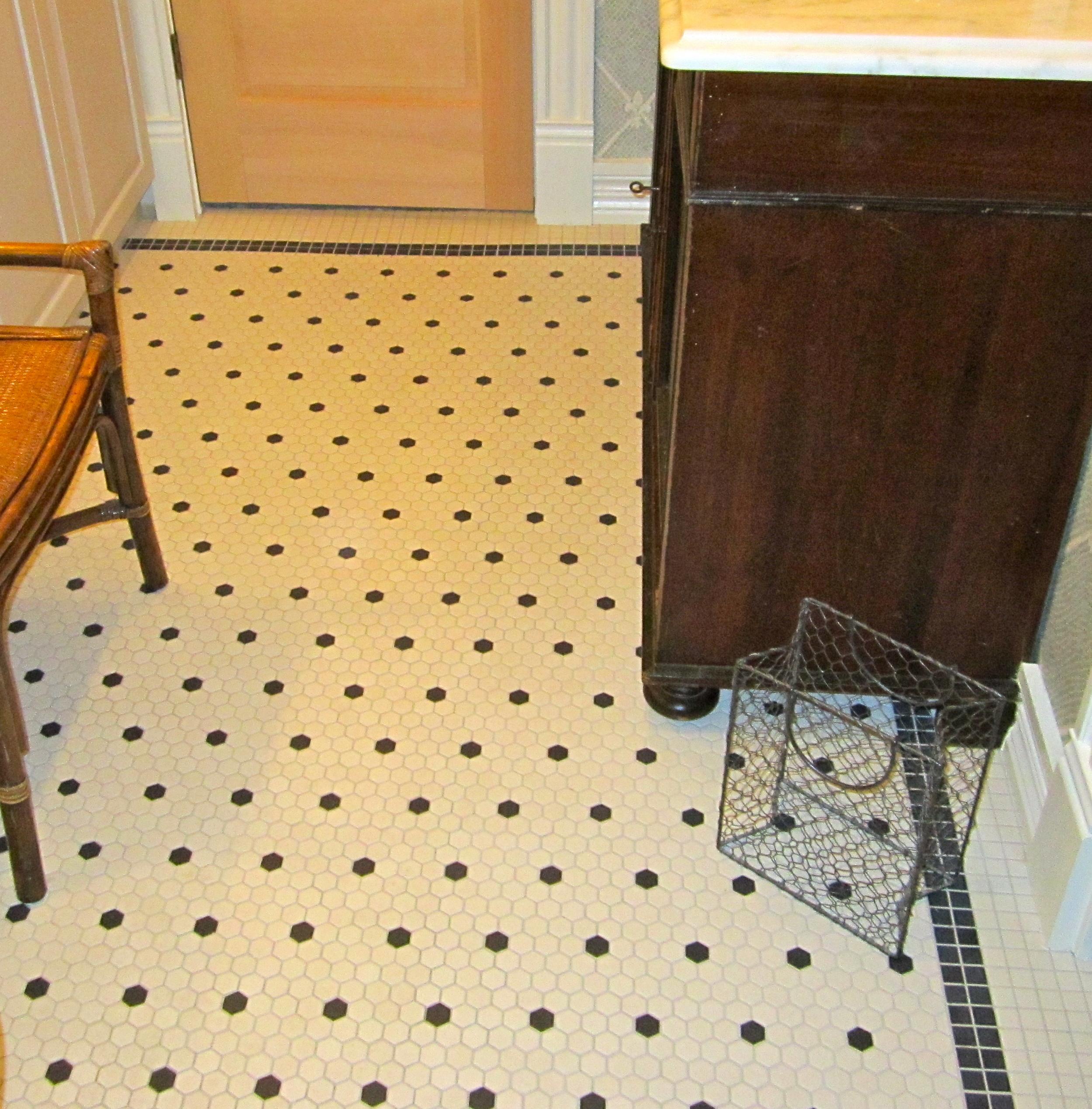 bathrooms 15.jpg