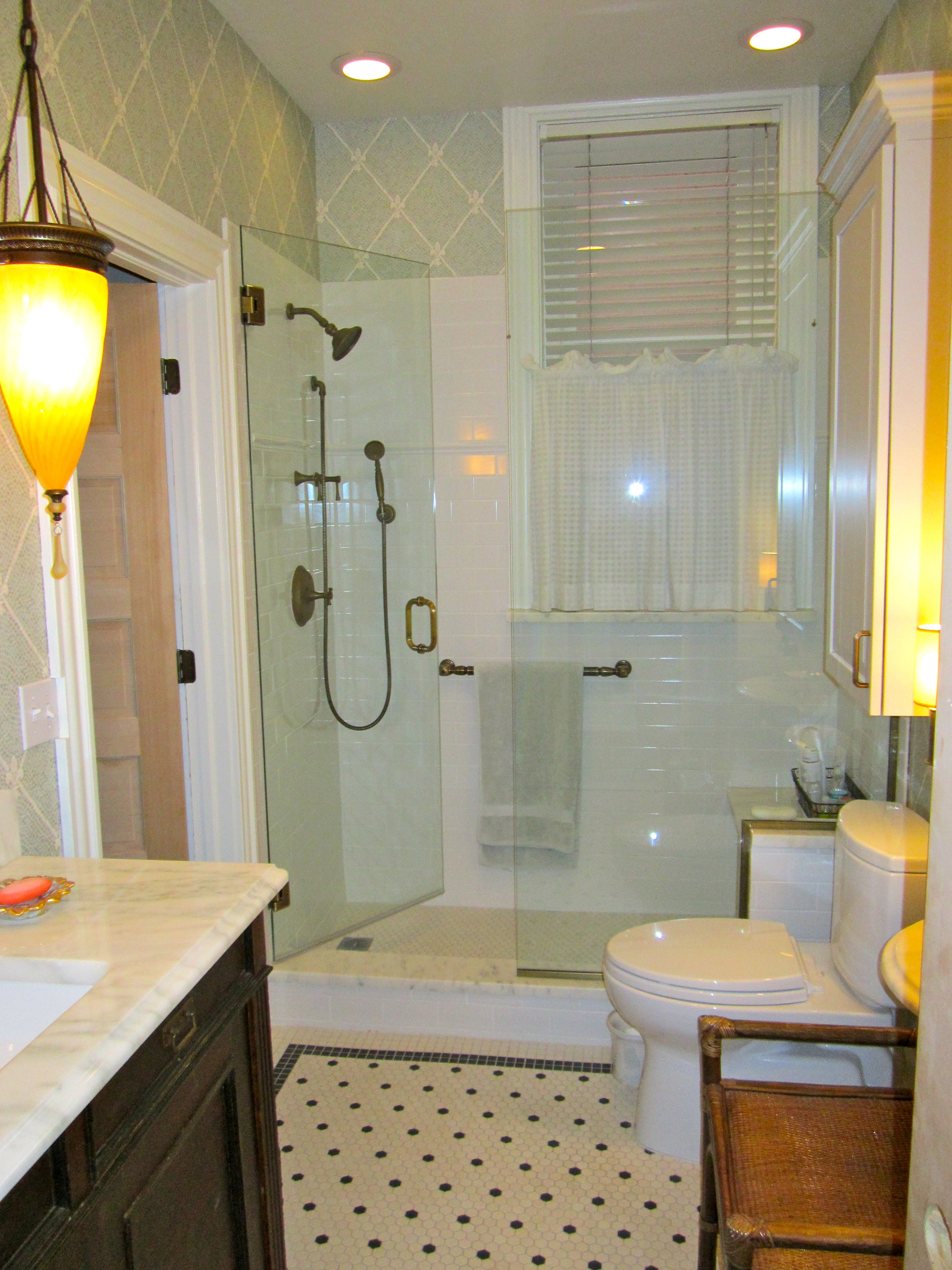 bathrooms 14.jpg