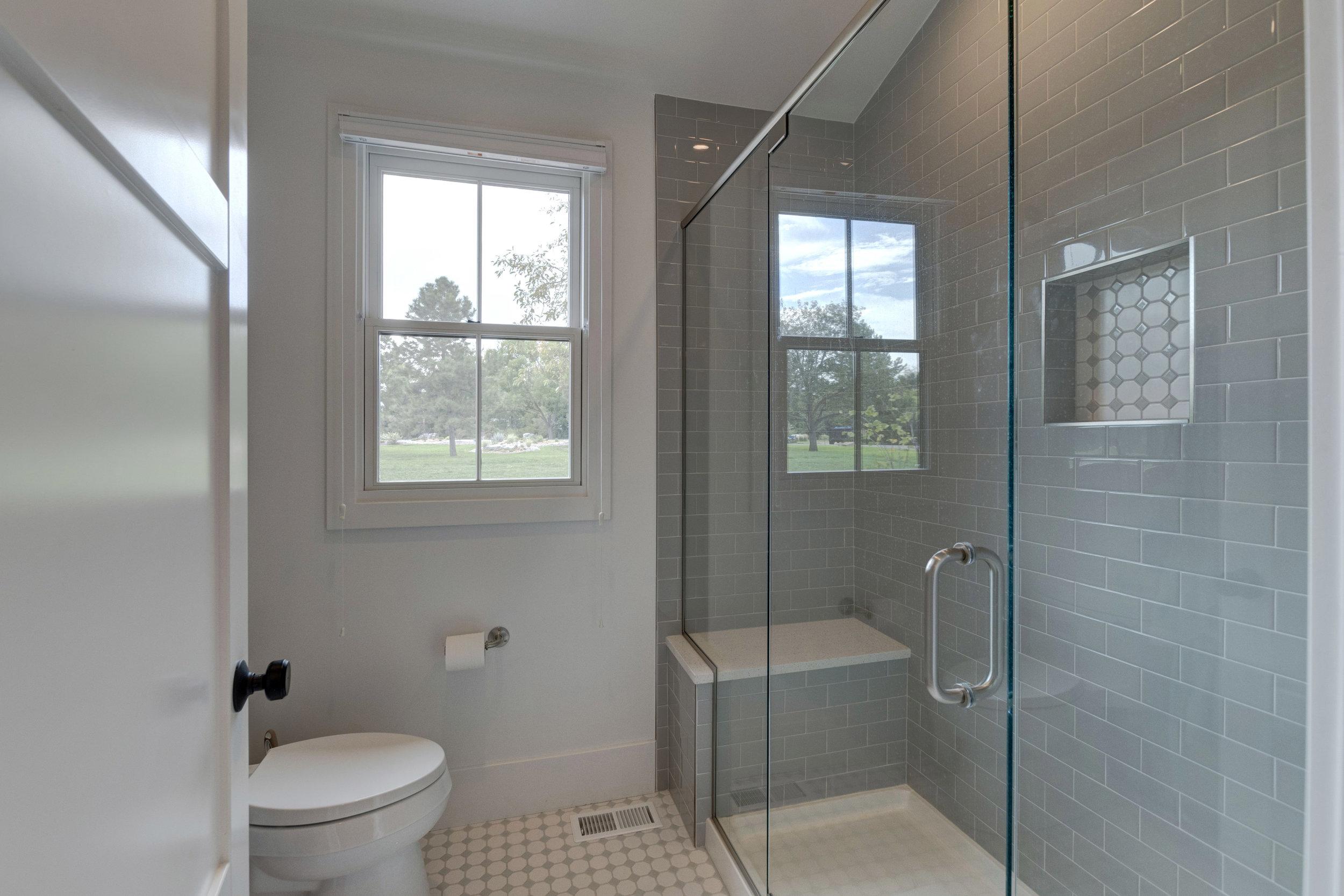 23.1-Shower.jpg